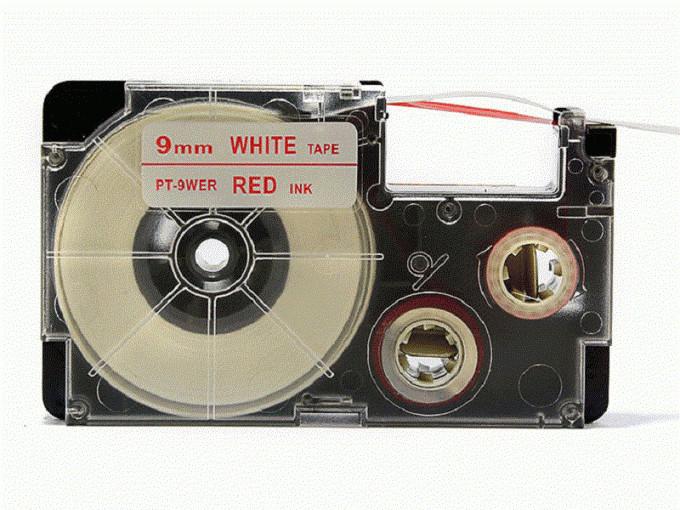 Kompatibilná páska s Casio XR-9WER 9mm x 8m červená tlač / biely podklad Čo získate kúpou našej Chytré pásky?  Nižšia cena kompatibilnej pásky pre štítkovač Casio v porovnaní s originálnou páskou.Úspora Vašich finančných prostriedkov vo výške až 80 %.   Garancia spokojnosti.   Zaručujeme špičkovú kvalitu, overenú našimi dlhoročnými zákazníkmi.   Kompatibilné pásky pre štítkovače Casio umožňujú veľmi jednoduchú aplikáciu.   Naše alternatívne pásky sú odolné proti vode a UV žiareniu, preto nestrácajú svoju pôvodnú farbu a neodlepujú sa.   Kompatibilné pásky môžete použiť takmer na všetky povrchy.   Po odstránení pásky z povrchu nezostáva žiadna viditeľná stopa.   Kompatibilné pásky dodávame v mnohých rôznych veľkostiach a zaujímavých farebných variáciách.   Buďte kreatívni s našimi kompatibilnými páskami, ktoré môžete používať nielen v práci, ale aj doma. Kód výrobcu:XR9WER